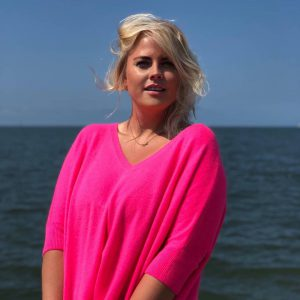 Think pink in cashmere